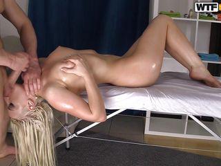 Русское порно блондинке в рот