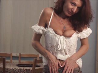 Порно мастурбация дилдо